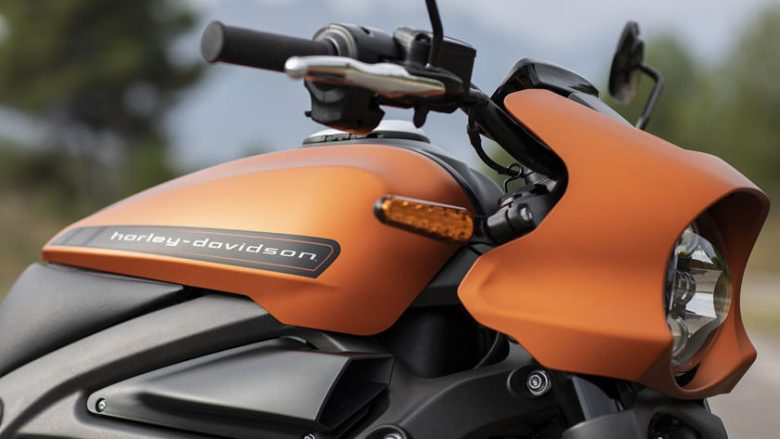 Harley Davidson prezanton motoçikletën e parë elektrike (Video)