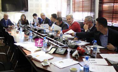 Komisioni hetimor për dëbimin e shtetasve turq dorëzon raportin në Prokurori