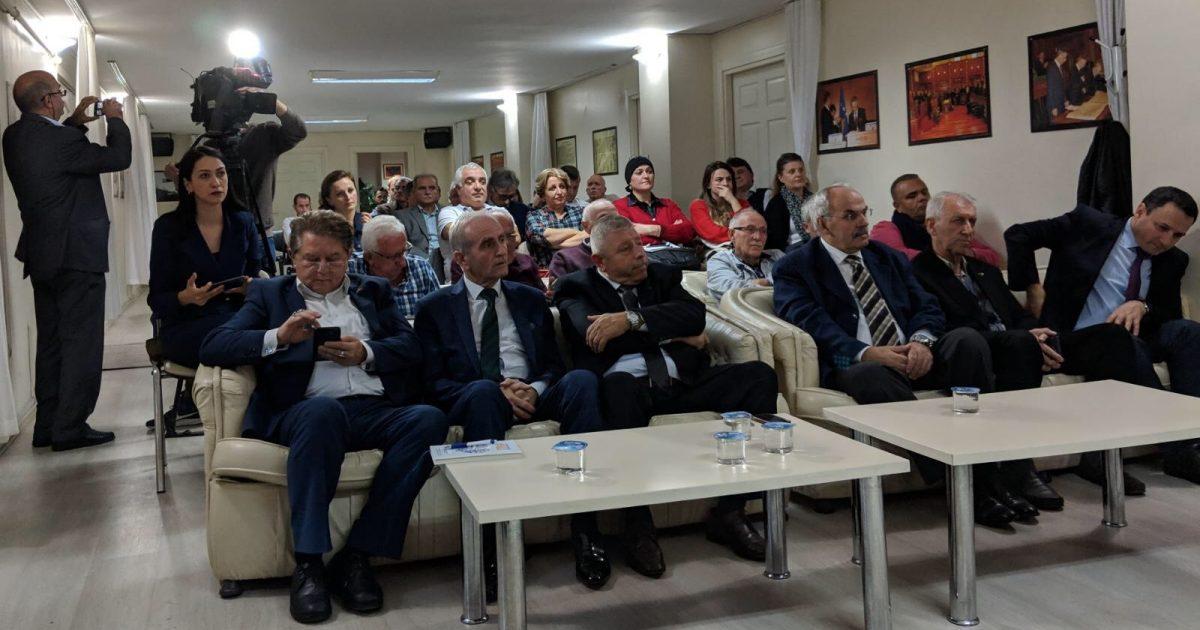Ministria e Diasporës konsulton bashkatdhetarët për Ligjin e Diasporës