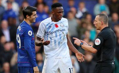 Chelsea ndalet në shtëpi nga Evertoni