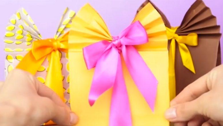 Truk 1-minutësh: Mësohuni t'i mbështillni dhuratat më mirë se në dyqane