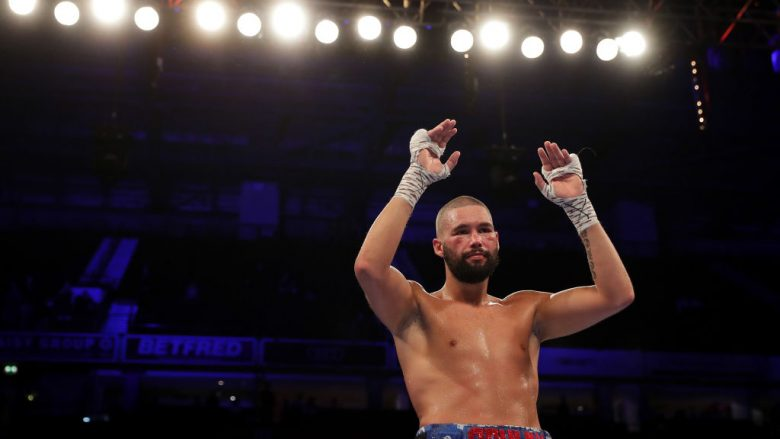Tony Bellew pas humbjes nga Oleksandr Usyk (Foto: Richard Heathcote/Getty Images)