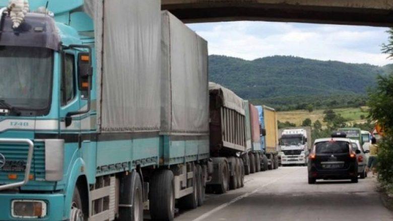 Taksa ndaj produkteve të Serbisë dhe Bosnjës nuk ka afat kohor