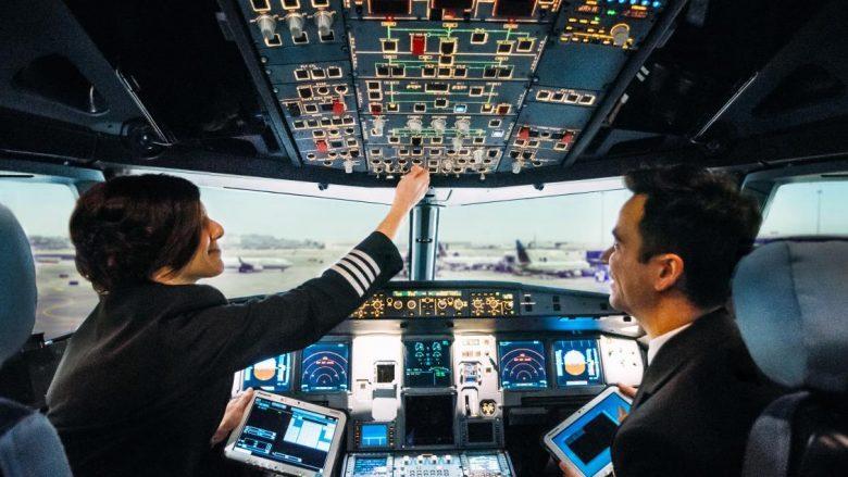 Çfarë hanë pilotët gjatë fluturimit?