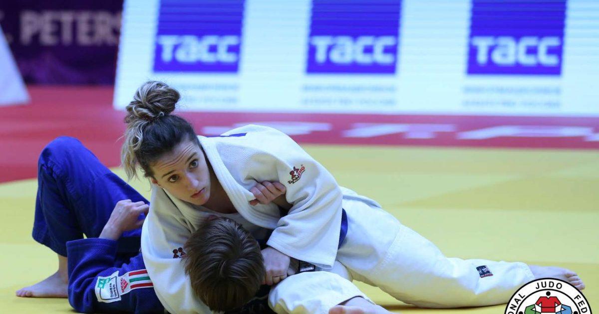 Distria Krasniqi dhe Nora Gjakova në finale të  World Masters Guangzhou 2018