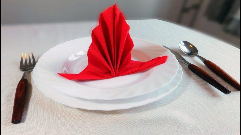 Dekorimi i tavolinës solemne: Idetë më të mira për rregullimin e pecetave!