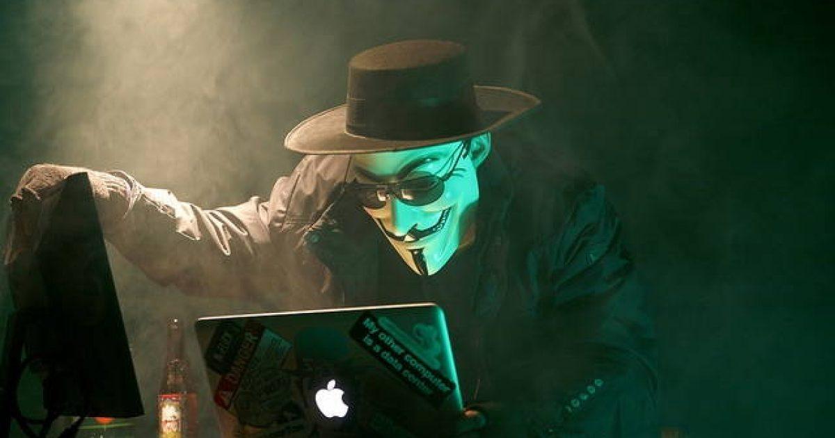 Mënyra e re u lejon hakerëve të vjedhin fotot e fshira në iPhone X