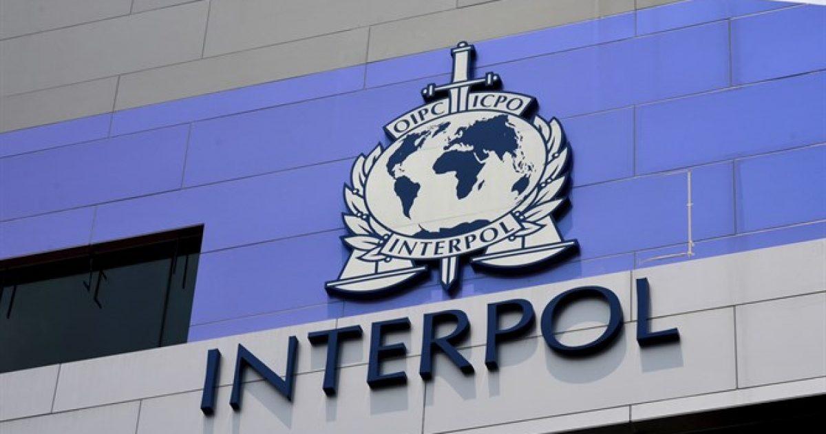 Shteti serb kërkon heqjen e taksës, por vazhdon kundër lobimit të Kosovës në Interpol