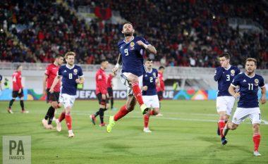 Shqipëria mposhtet në shtëpi nga Skocia, bie në Ligën D