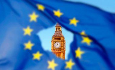 Flitet për një kthesë në bisedimet për Brexit, por çfarë do të ndodhë?