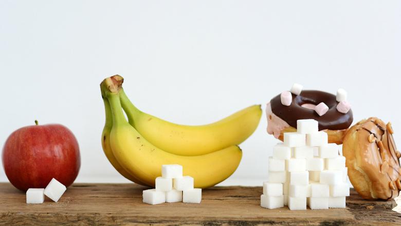 Sheqeri, doza ditore që nuk duhet tejkaluar