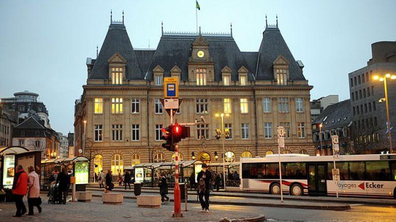 Luksemburgu pritet të jetë vendi i parë në botë që transportin publik do ta ketë pa pagesë – e tëra po bëhet për një ambient më të pastër