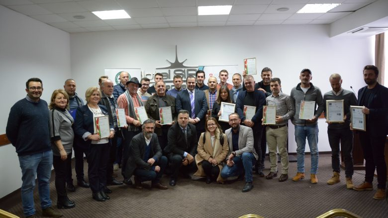 Certifikohen 25 kompani për bujqësinë organike