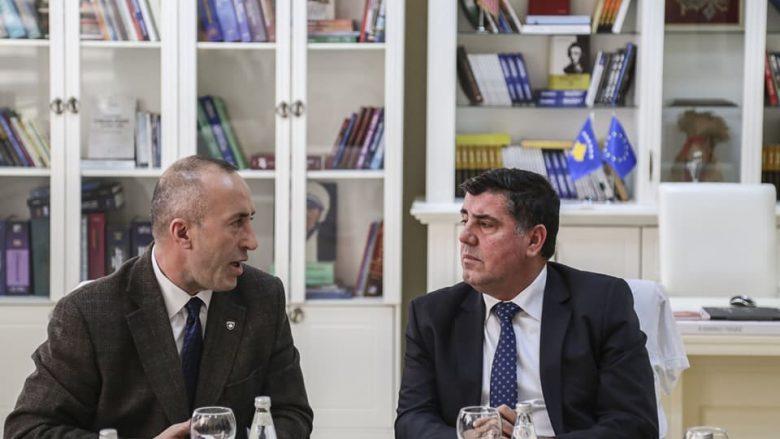 Haradinaj, Hazirit: Është turp kur një njeri ofendon ushtrinë e vendit të vet
