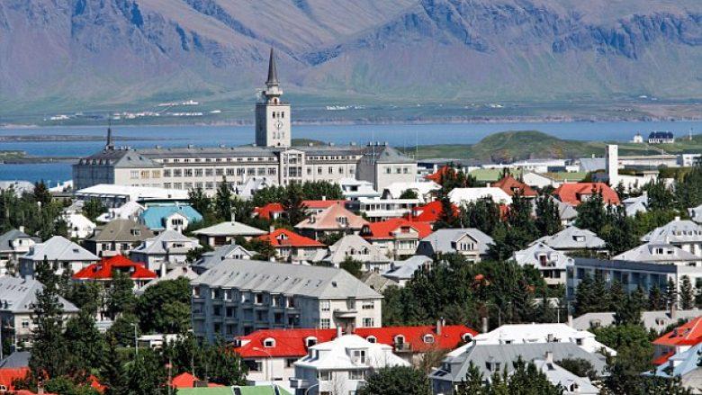 Si u bë Islanda shteti më i sigurt në botë për turistët?