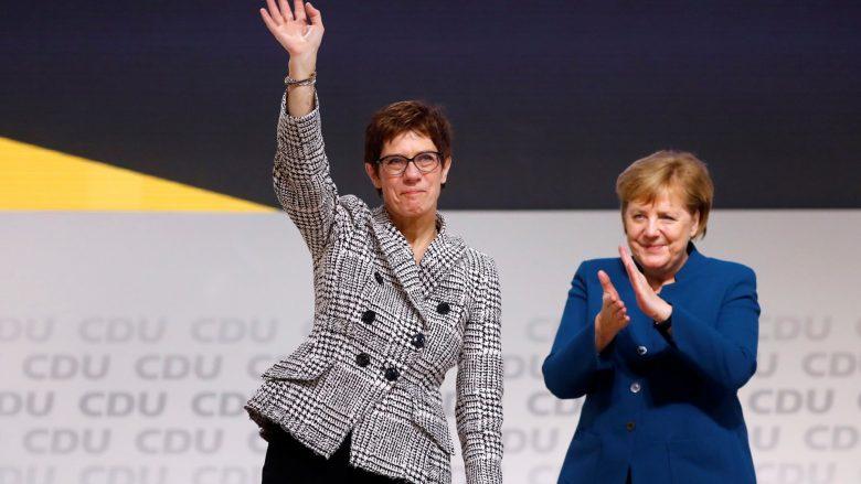 Annegret Kramp-Karrenbauer zgjidhet pasardhëse e Angela Merkel
