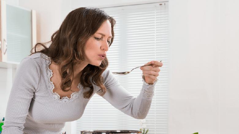 Krem-supa alkale sipas recetës speciale: Mbush trupin me hekur, lehtëson tretjen