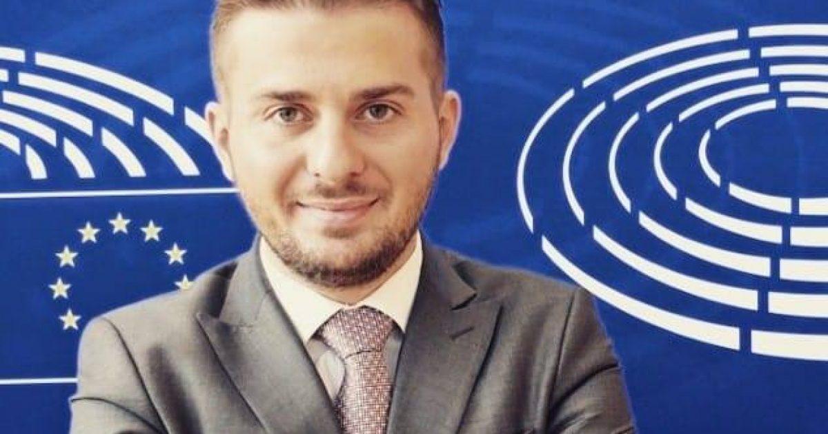 Vetëvendosje: Gent Cakaj ishte anëtar i VV-së, mbështesim vendimin e Metës për mos dekretim të tij
