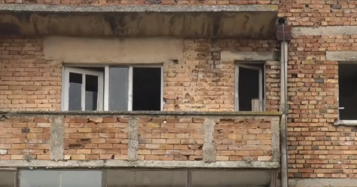 Mjerimi dhe varfëria e një fshati (Video)