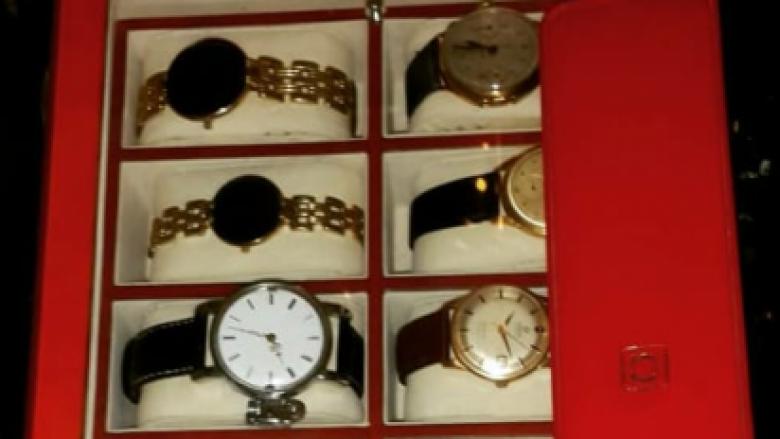 Të rralla dhe të vjetra, koleksioni i orëve të ish-diktatorit Enver Hoxha (Foto)