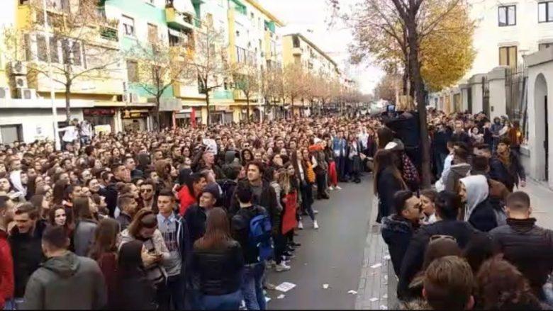 Studentët në Shqipëri, kërkojnë plotësimin e të gjitha kërkesave