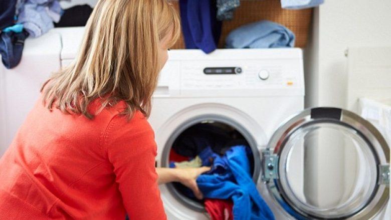Sa shpesh mund t'i vishni llojet e ndryshme të rrobave para se t'i pastroni