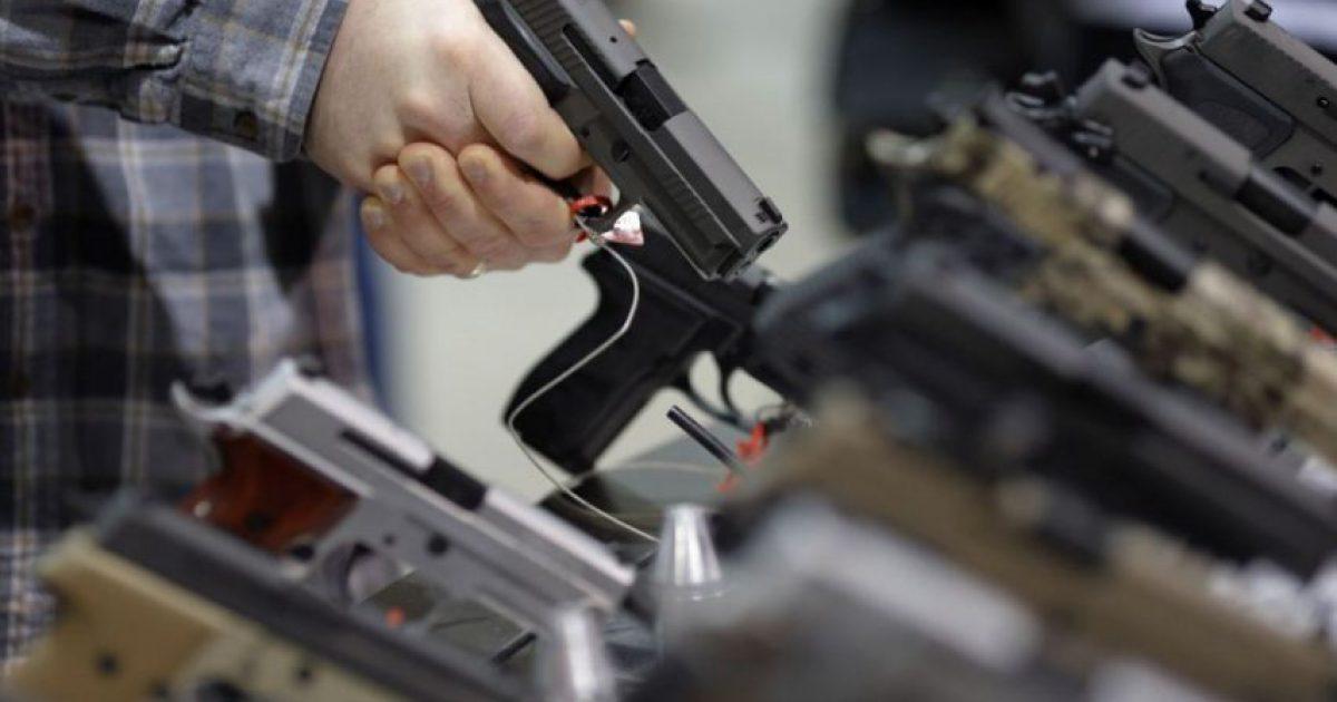 Qytetarët e Kosovës të painteresuar për legalizimin e armëve pa leje