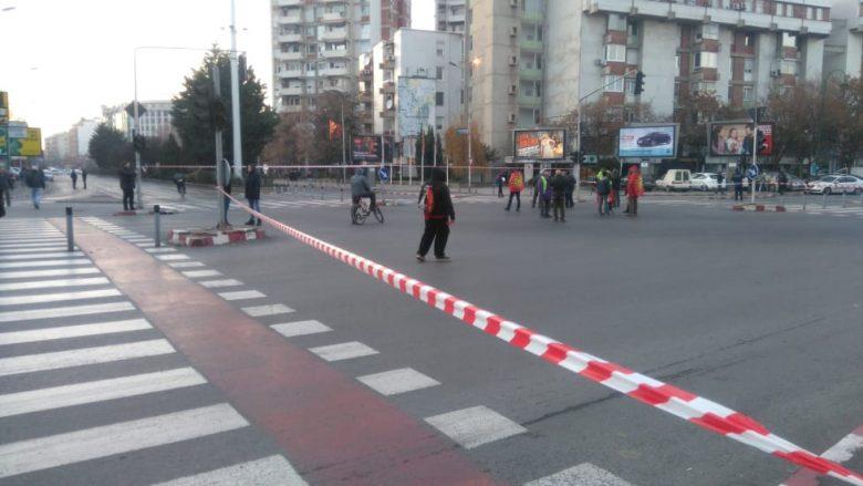 Protestuesit bllokojnë udhëkryqet në Shkup