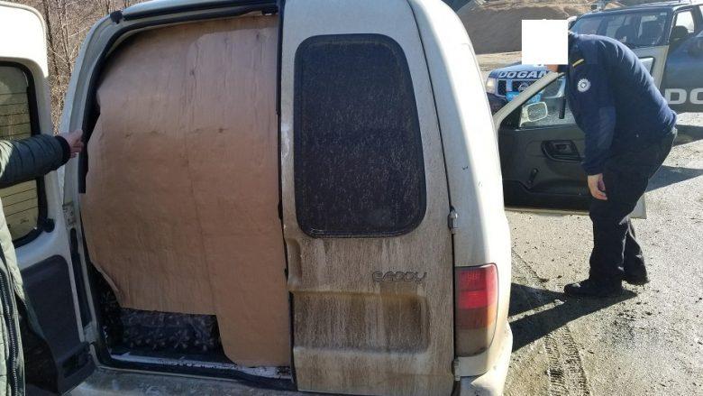 Kapet një furgon me pije jo-alkoolike nga Serbia