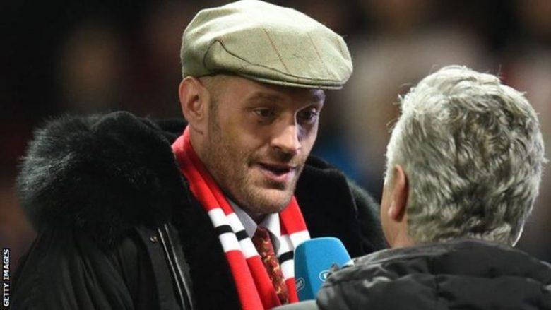 Fury: Rimeçi duhet të zhvillohet në Old Trafford