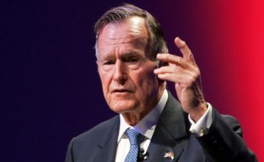 George H.W. Bush: Nga piloti më i ri, në President - historia e njeriut që udhëhoqi fitoren e Perëndimit