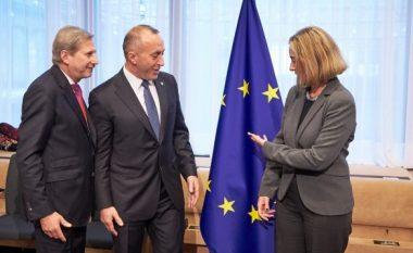 Haradinaj me një sërë kritikash ndaj Mogherinit, ripërsërit qëndrimin e tij për taksën ndaj Serbisë