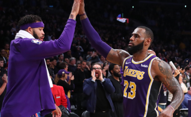 Rezultatet dhe video sekuencat e ndeshjeve të mbrëmshme në NBA