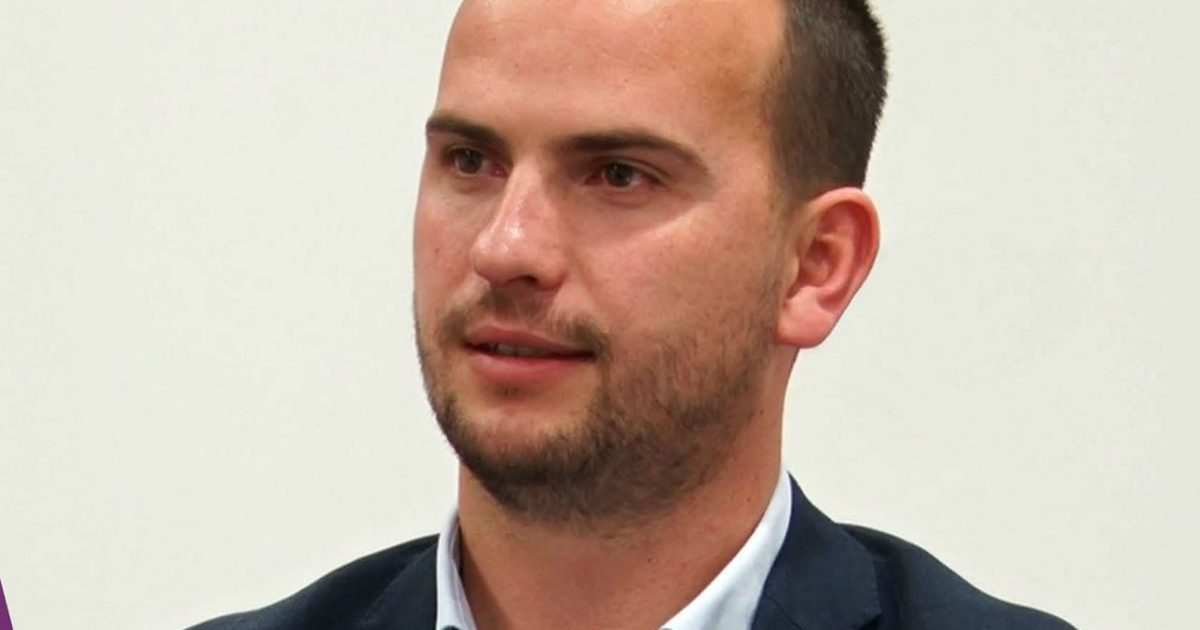 Kastrati: Shpend Ahmeti e ka guximin dhe dijen për ballafaqim me Serbinë