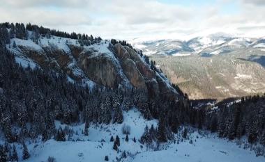 Muhaxheri publikon pamje mahnitëse nga Bjeshkët e Rugovës (Video)