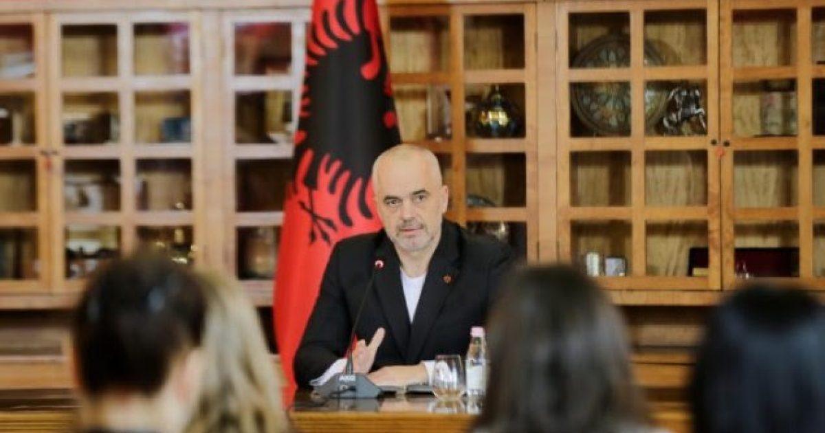 Qeveria e Shqipërisë mbledhje të posaçme për kërkesat e studentëve