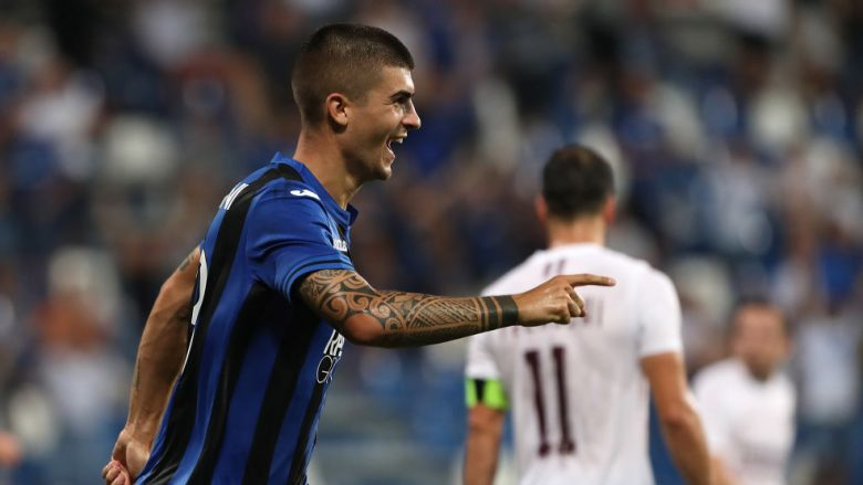 REGGIO NELL'EMILIA, ITALY - JULY 26:  Gianluca Mancini of Atalanta BC celebrates after scoring the second goal of his team during the Europa League Second Qualifying Round match between Atalanta BC and FK Sarajevo at Mapei Stadium - Citta' del Tricolore on July 26, 2018 in Reggio nell'Emilia, Italy.  (Photo by Marco Luzzani/Getty Images)
