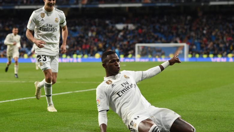 MADRID, SPAIN - JANUARY 09: Vinicius Junior of Real Madrid CF  celebrates with Sergio Reguilon after scoring Real's 3rd goal during the Copa del Rey Round of 16 match between Real Madrid CF and CD Leganes at estadio Santiago Bernabeu on January 09, 2019 in Madrid, Spain. (Photo by Denis Doyle/Getty Images)
