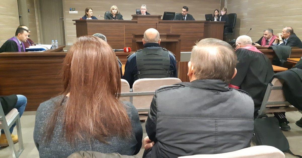 Mungojnë avokatët, dështon seancën ndaj Azem Sylës e të tjerëve në rastin 'Toka'