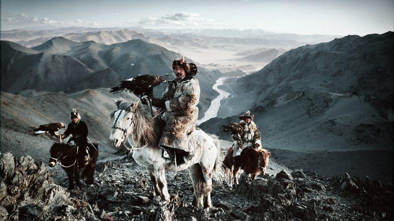 Kuajt dhe shqiponjat, krahët e kazakëve: Traditat e lashta, në stepat e Mongolisë