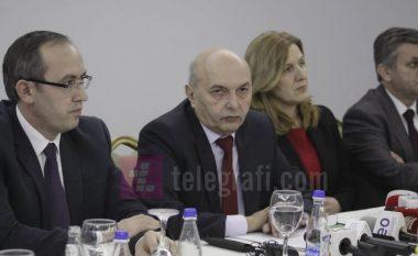 """Mustafa vendimin për taksën ndaj prodhimeve serbe e quan """"popullist"""": Qeveria duhet të shkojë në shtëpi"""