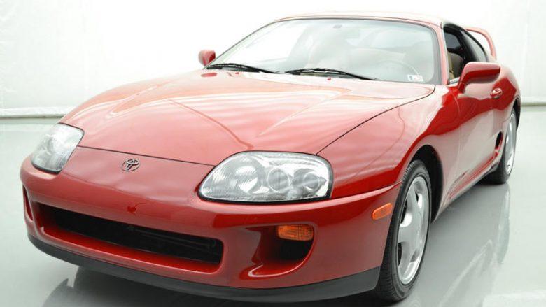 Toyota Supra e prodhuar në vitin 1994, shitet 120 mijë dollarë (Foto)