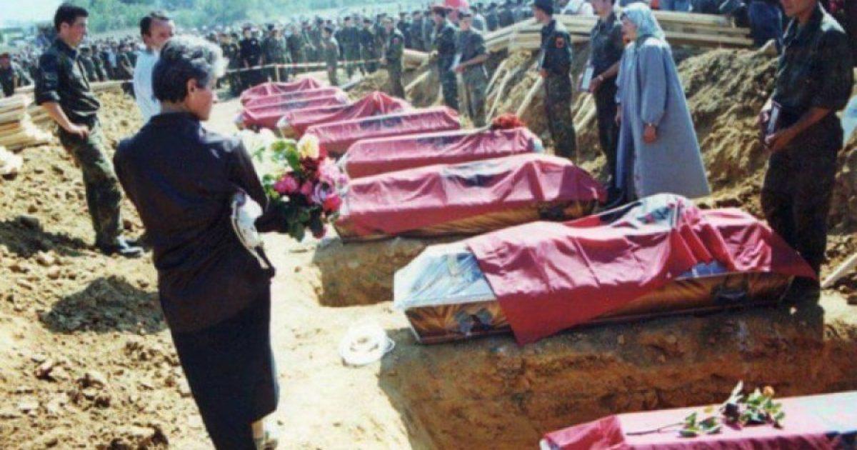 Dëshmitarja e masakrës në Krushë rrëfen si ia vranë 12 anëtarë të familjes