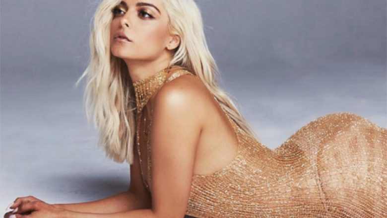 Kreatorët e modës e refuzojnë, Bebe Rexha shpërthen me kritika dhe akuza