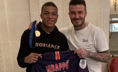 Beckham i lumtur pas takimit me Mbappen: Mbajta në duar medaljen e artë të Kupës së Botës