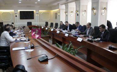 Veseli fton sërish krerët institucionalë dhe përfaqësuesit e opozitës për t'u koordinuar për dialogun