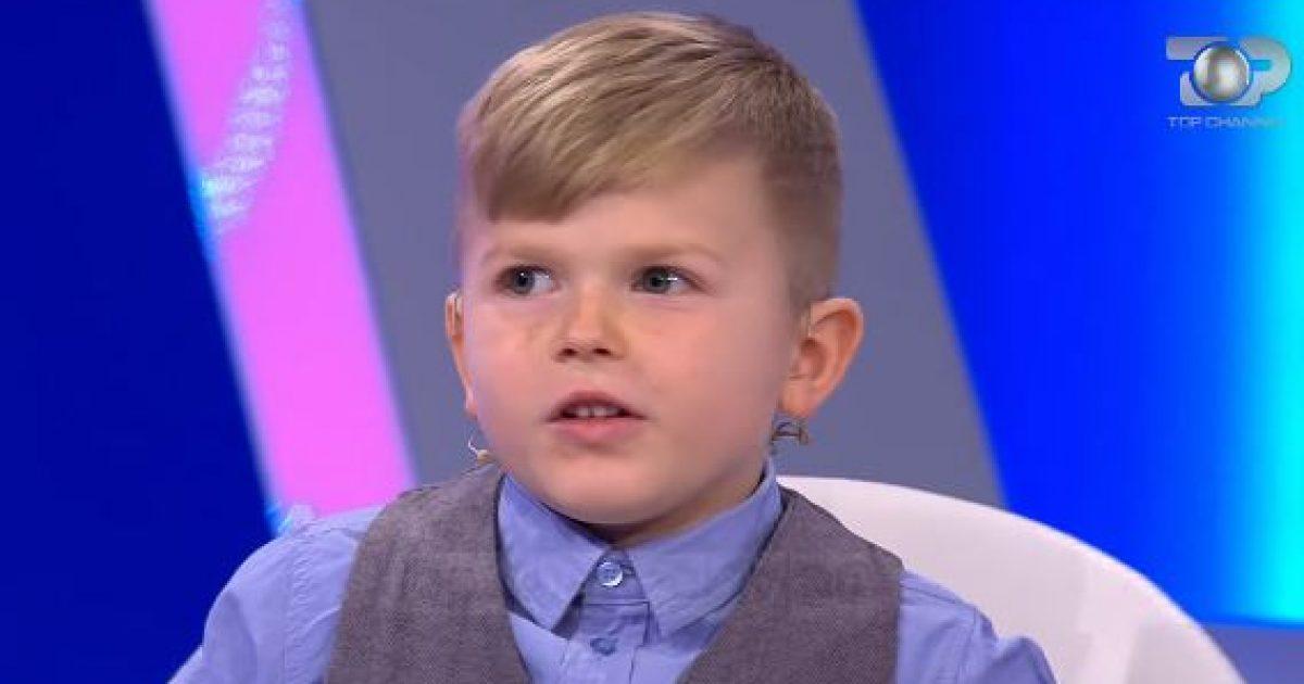 Gjeniu 6-vjeçar nga Kosova, njeh flamujt e botës dhe flet 7 gjuhë të huaja (Video)