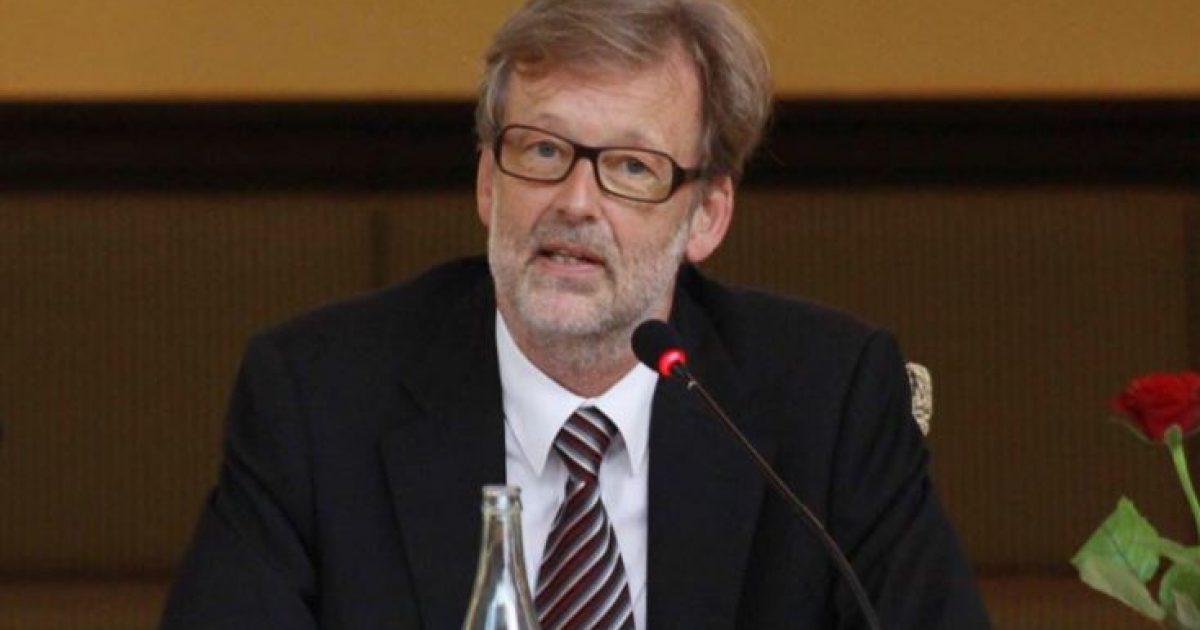 Ndahet nga jeta ish- kryediplomati i BE-së në Shqipëri, Helmuth Lohan