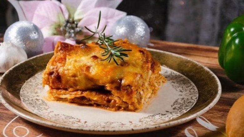 Lazanje me mish pule dhe hudhra: Ushqim që jep forcë ditëve të dimrit!