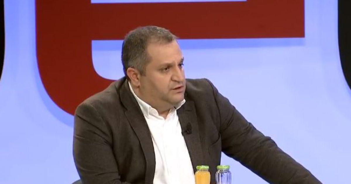 Ahmeti: Amerika bëri hapin e parë, s'jep viza për zyrtarët e Kosovës pa hequr taksën (Video)